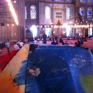 Istambul Blaue Moschee tent sculptures, 150621