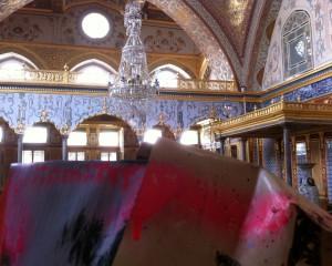 Istambul Haghia Sophia tent sculptures, 150621